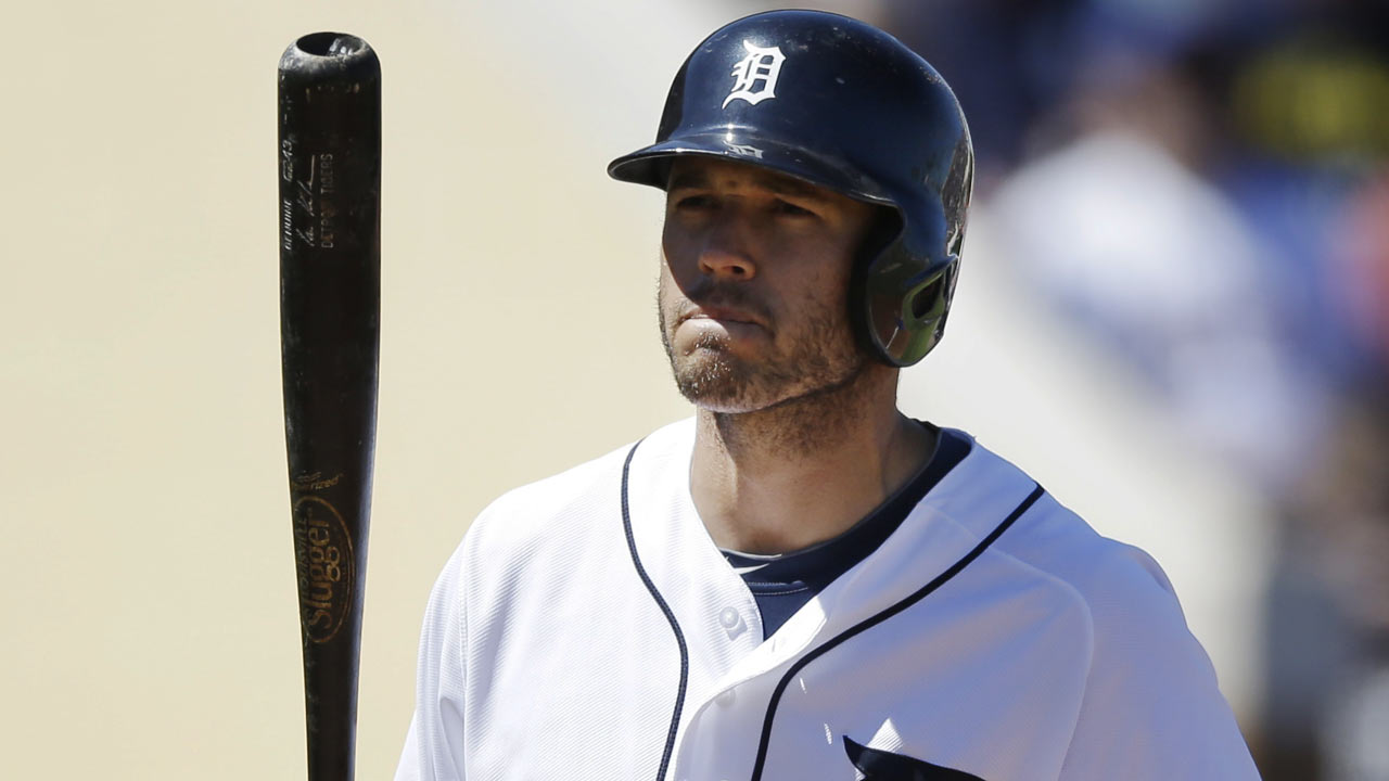 Kinsler's first spring blasts lead Tigers' rampage