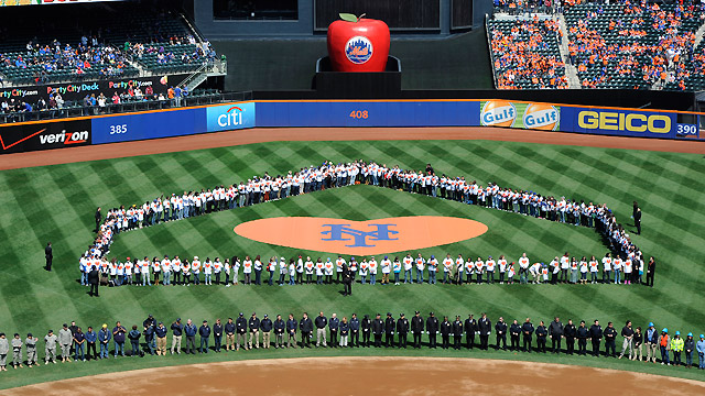 Sandy heroes honored during Citi Field festivities
