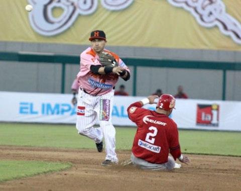 LMP: Naranjeros vencen a Mayos y ligan 6 victorias
