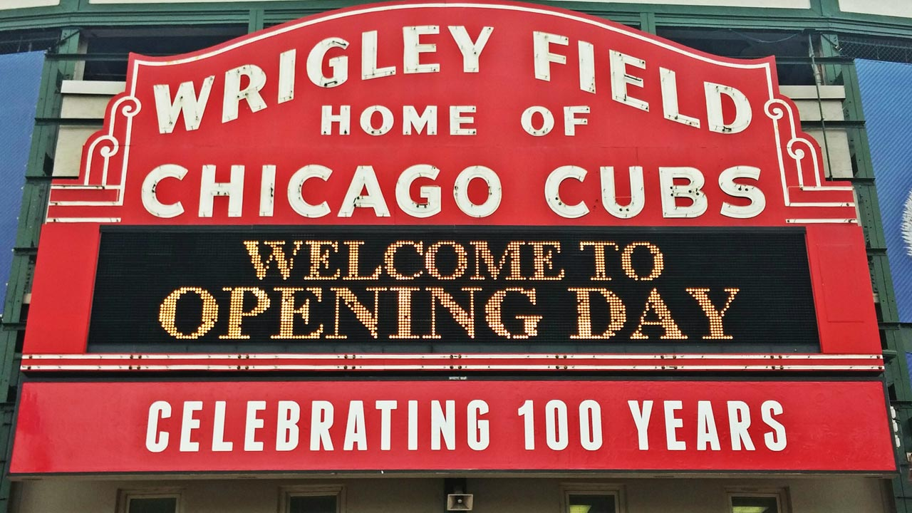 Marquee at Wrigley Field a beloved relic | MLB.com