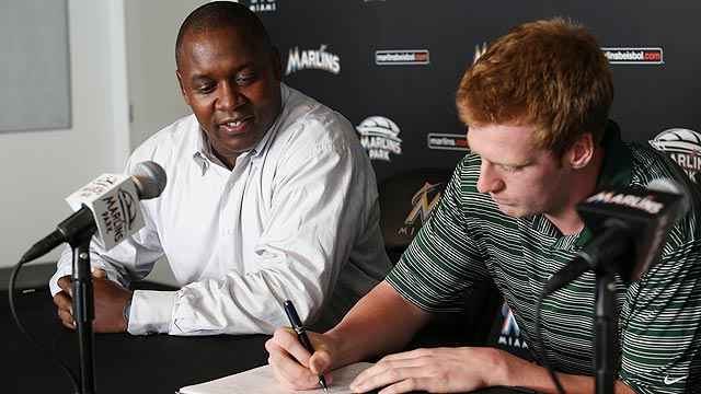 Marlins agree to deal with first-round pick Moran