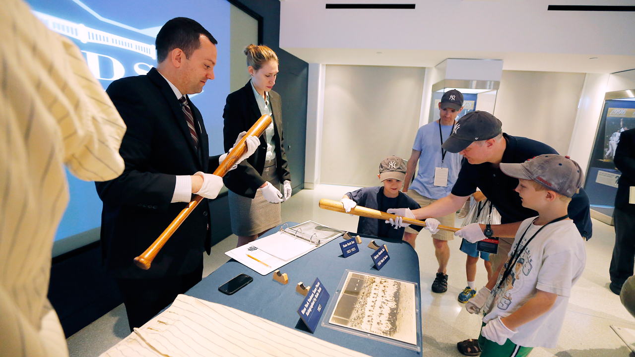 Yankees give fans chance to interact with history