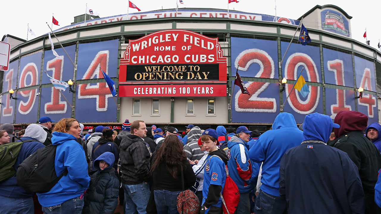 Ricketts: Cubs considering selling minority shares