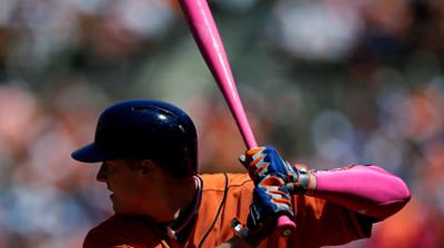 Astros go pink to celebrate Mother's Day
