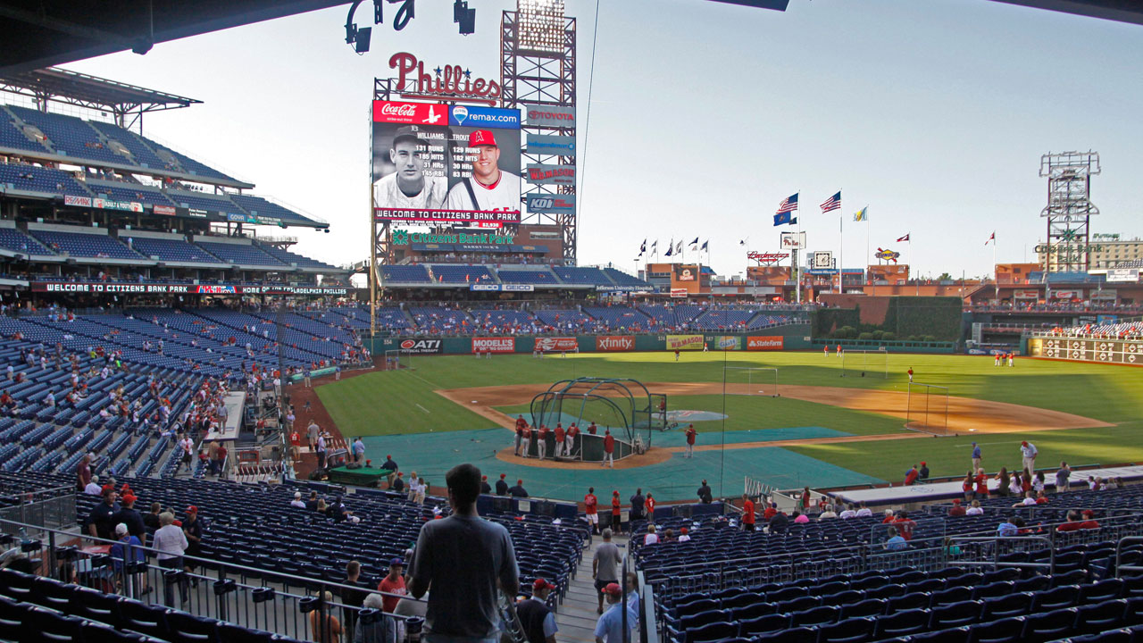 Citizens Bank Park hosts Pitch, Hit & Run competition