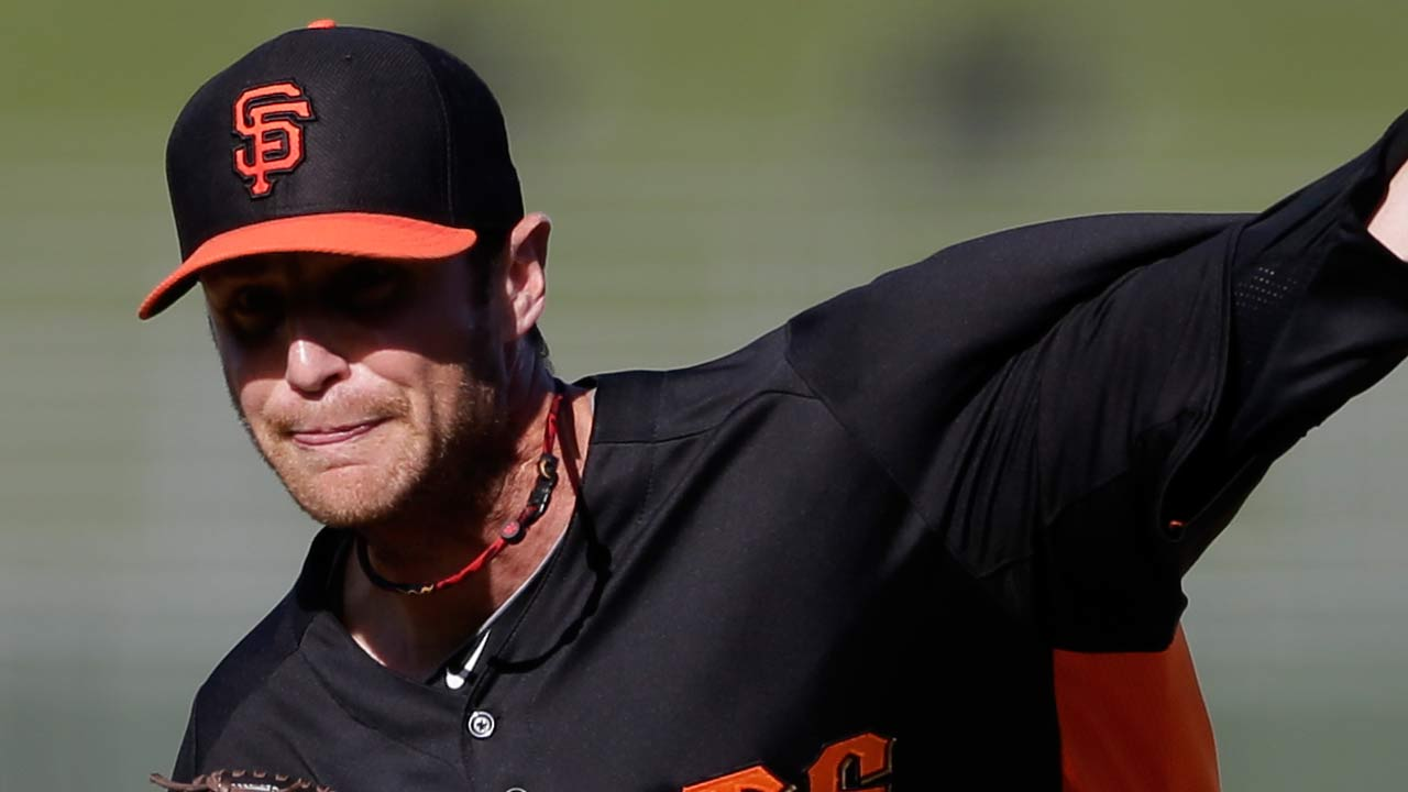 Giants bring five extra players home for A's series