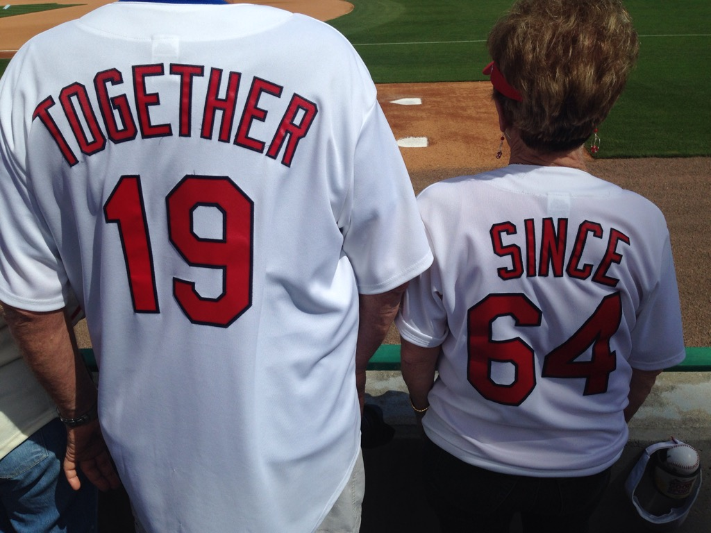 Cardinals fans show lasting love with their jerseys | MLB.com