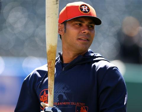 Astros dan de baja a Carlos Peña y Ronny Cedeño