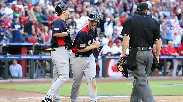 USA rallies past Canada late to advance in Classic