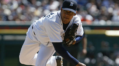Jurrjens back with Tigers on Mi