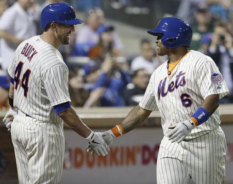 Marlon Byrd y John Buck pasan de Mets a Piratas
