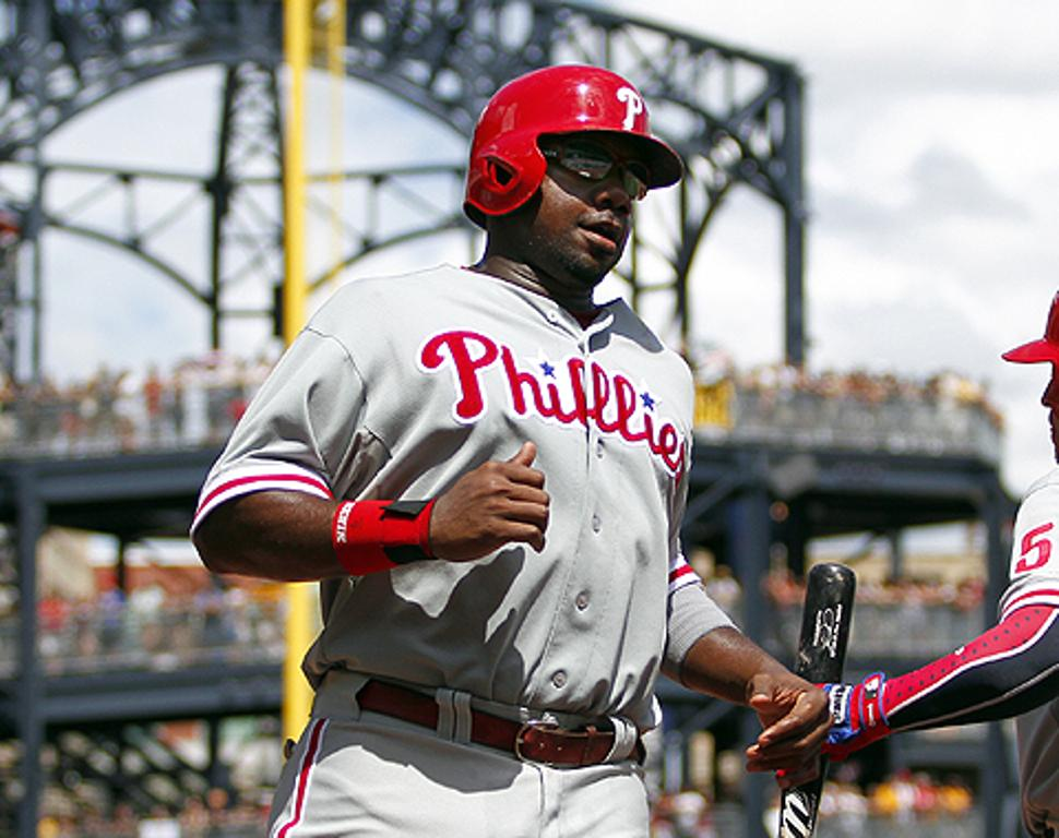 Filis colocan a Ryan Howard en lista de lesionados
