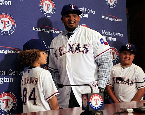 Fielder contento con un nuevo comienzo en Texas