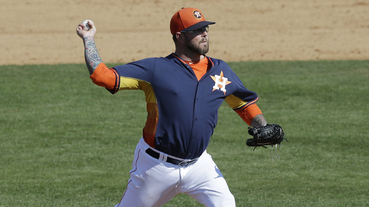Strong spring has Moylan in Astros' bullpen mix