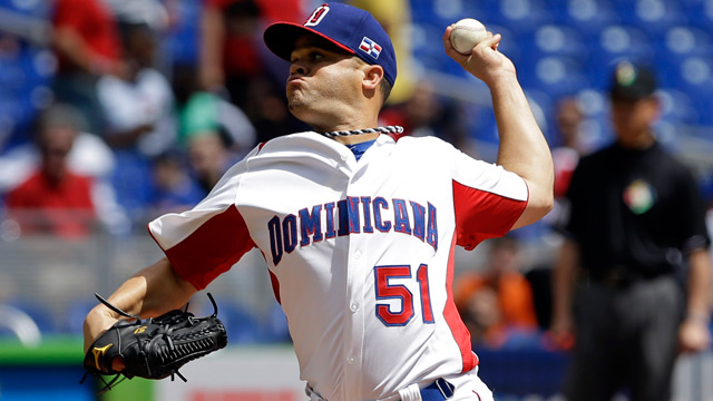 Wandy, Santana lead Dominicans past PR
