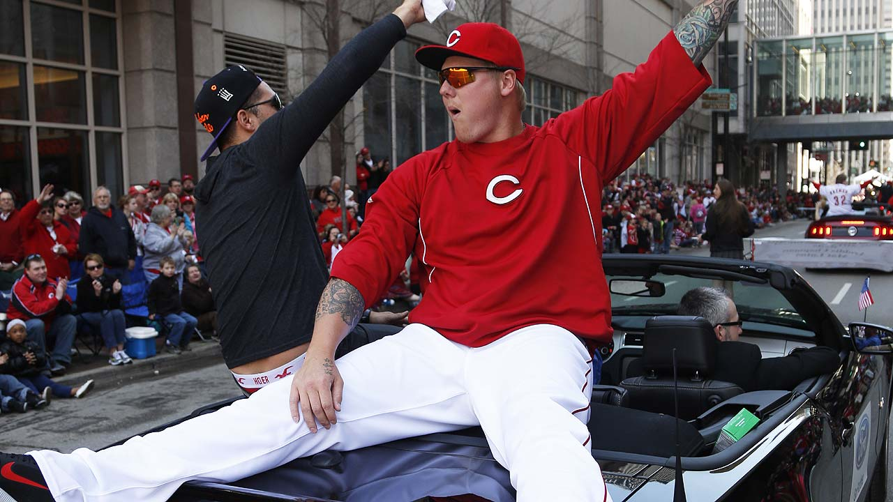 On DL, Latos 'on schedule' in recovery