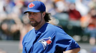 Dickey thinks Blue Jays are fine without Santana