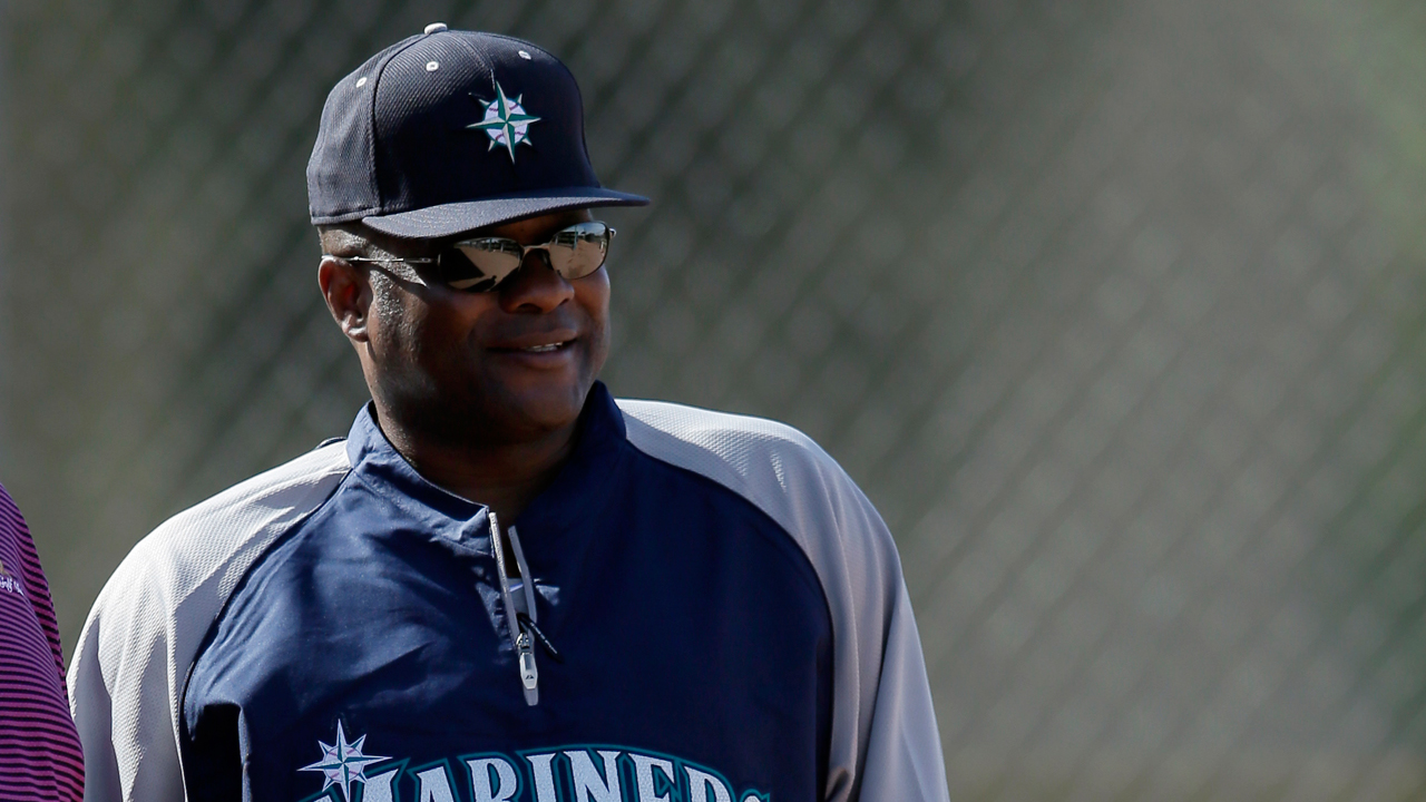 Mariners cut camp roster down to 44 players