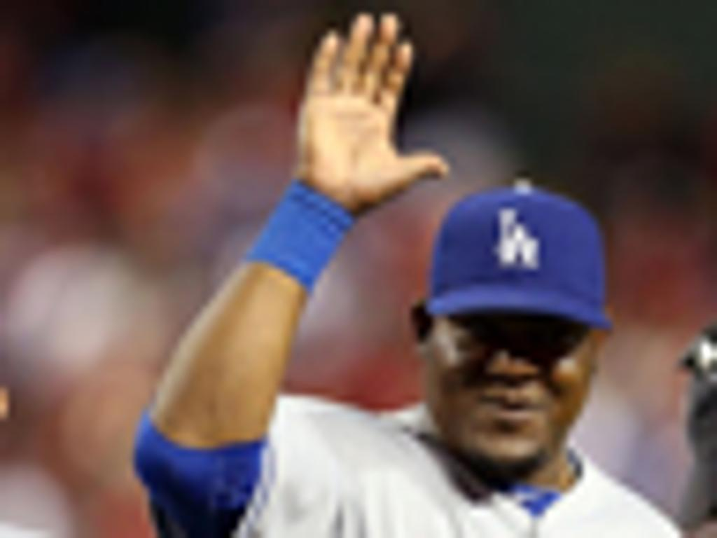 Juan Uribe renueva con los Dodgers por dos años