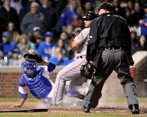 Pitcheo de Astros mantuvo a raya a Cubs