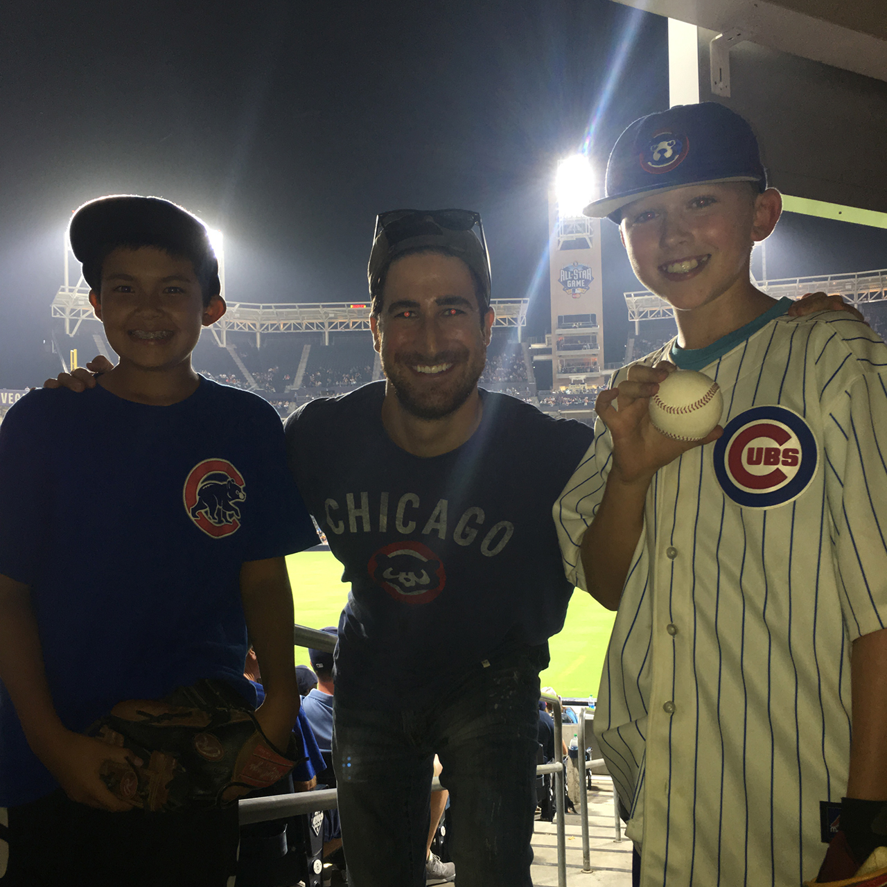 These Cubs fans were so, so excited to catch a Kris Bryant ...