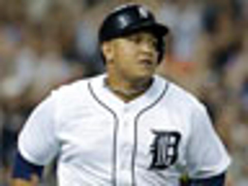Miguel Cabrera descansa por problema abdominal