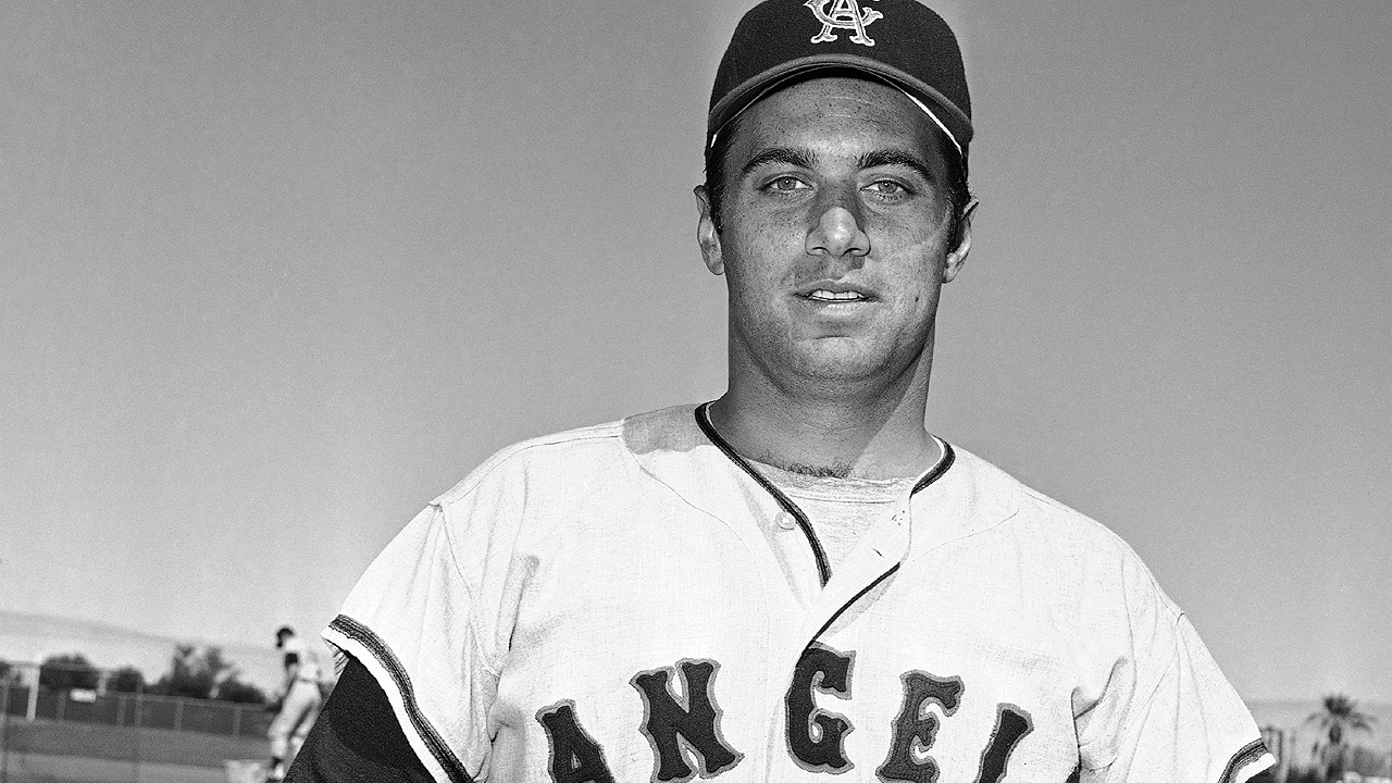 Angels to honor Fregosi before Tuesday's game