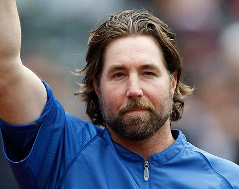 R.A. Dickey pasa de Mets a Azulejos