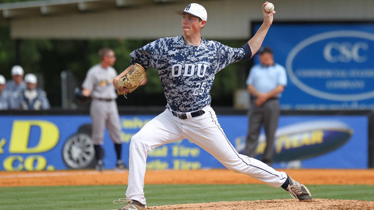 Mariners dip into pitcher ranks in fourth round