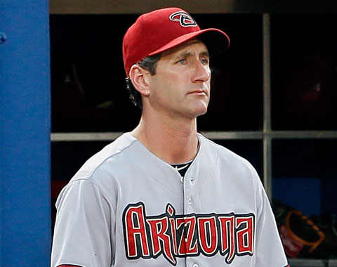 D-backs despiden a Nagy como coach de pitcheo
