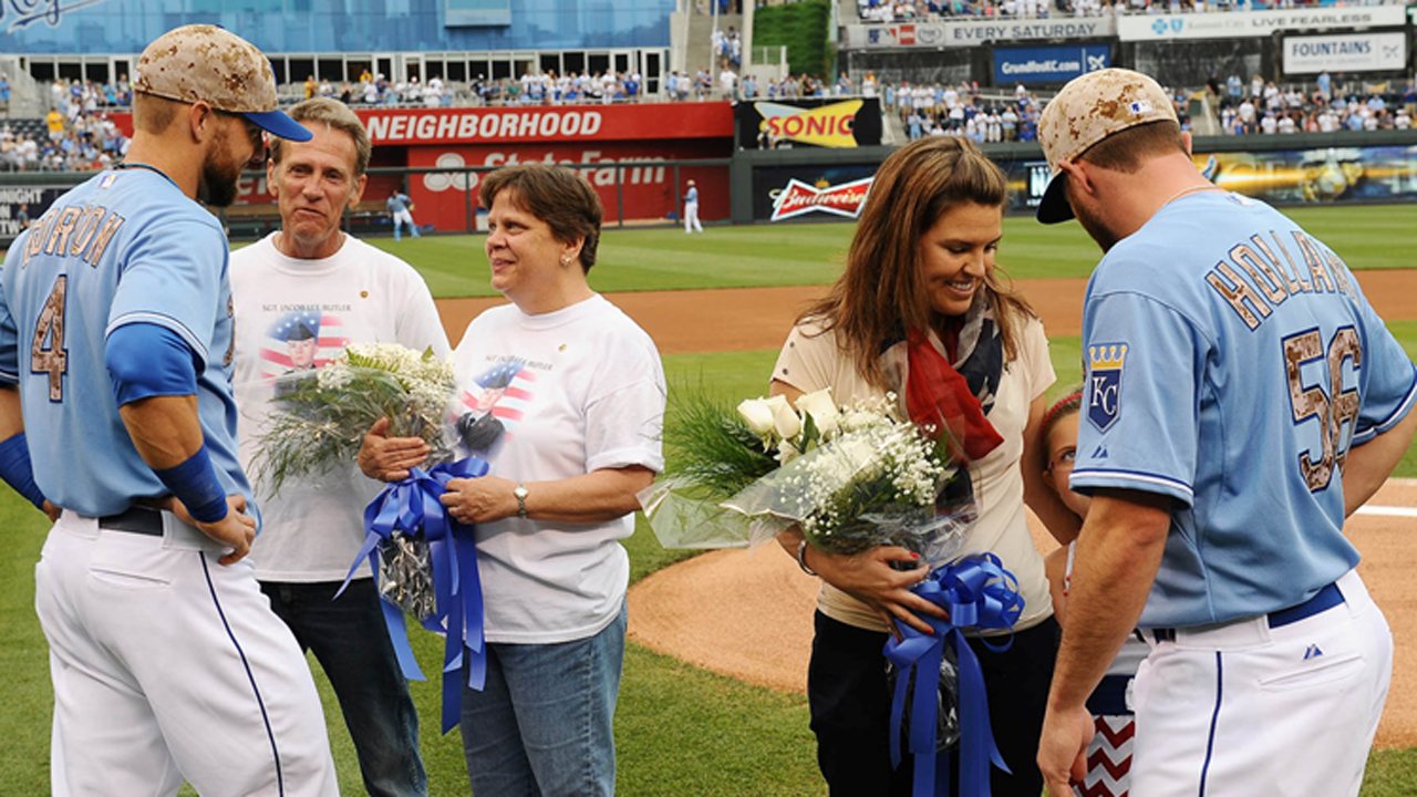 Royals honor military with Memorial Day tribute