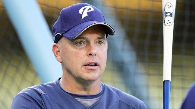 Tigers adding Phils' Joyner, Billmeyer to Ausmus' staff