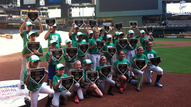 Kids show off skills on diamond at Chase Field