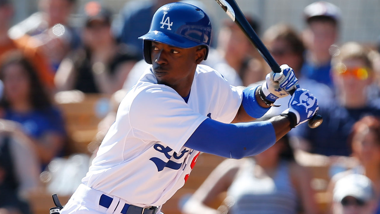 Gordon, Urias spark Dodgers' Cactus victory