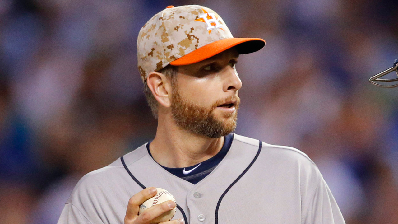 Astros honor fallen troops on Memorial Day