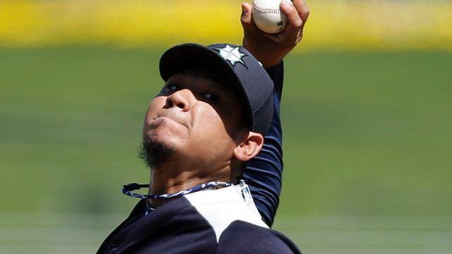 King Felix makes spring debut, solves Royals