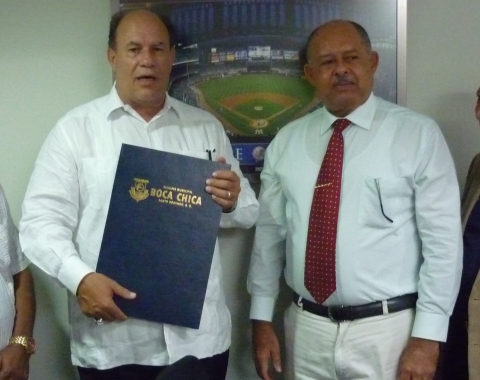 Vice presidente de Yankees declarado hijo adoptivo en R.D.