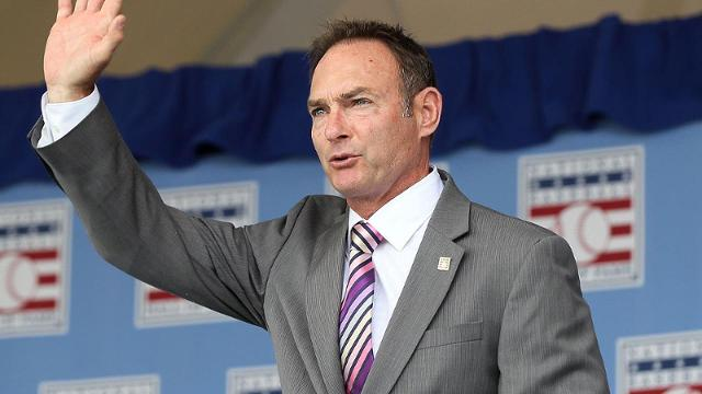 Twins add Hall of Famer Molitor to coaching staff