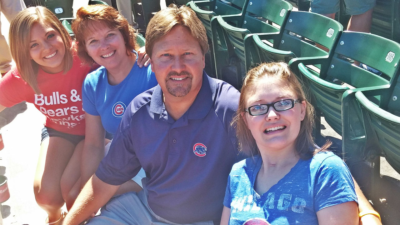 Cubs fan visits Wrigley for first time after serious accident