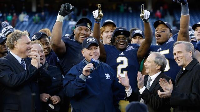 Notre Dame tops Rutgers in Pinstripe Bowl