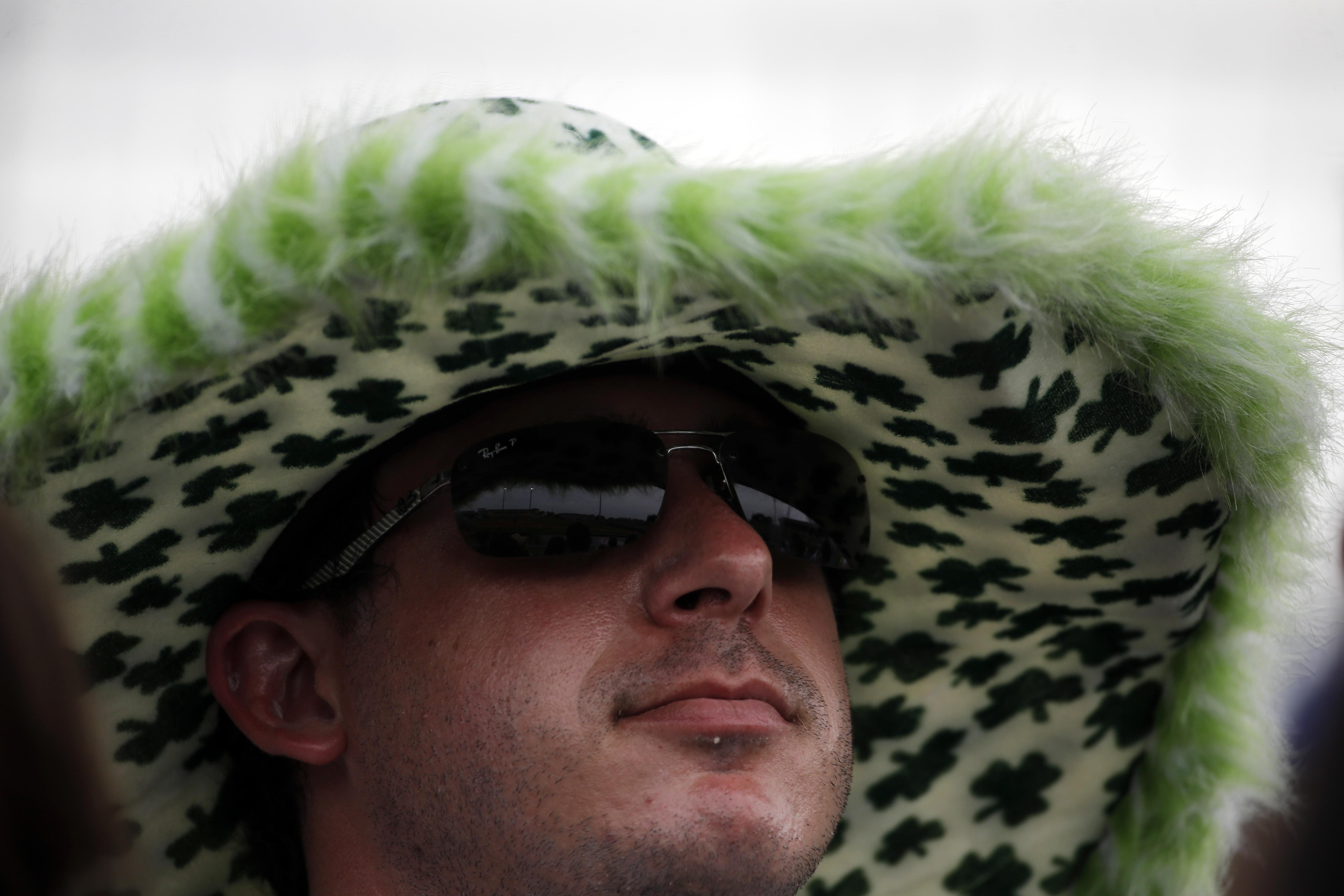 fan hats