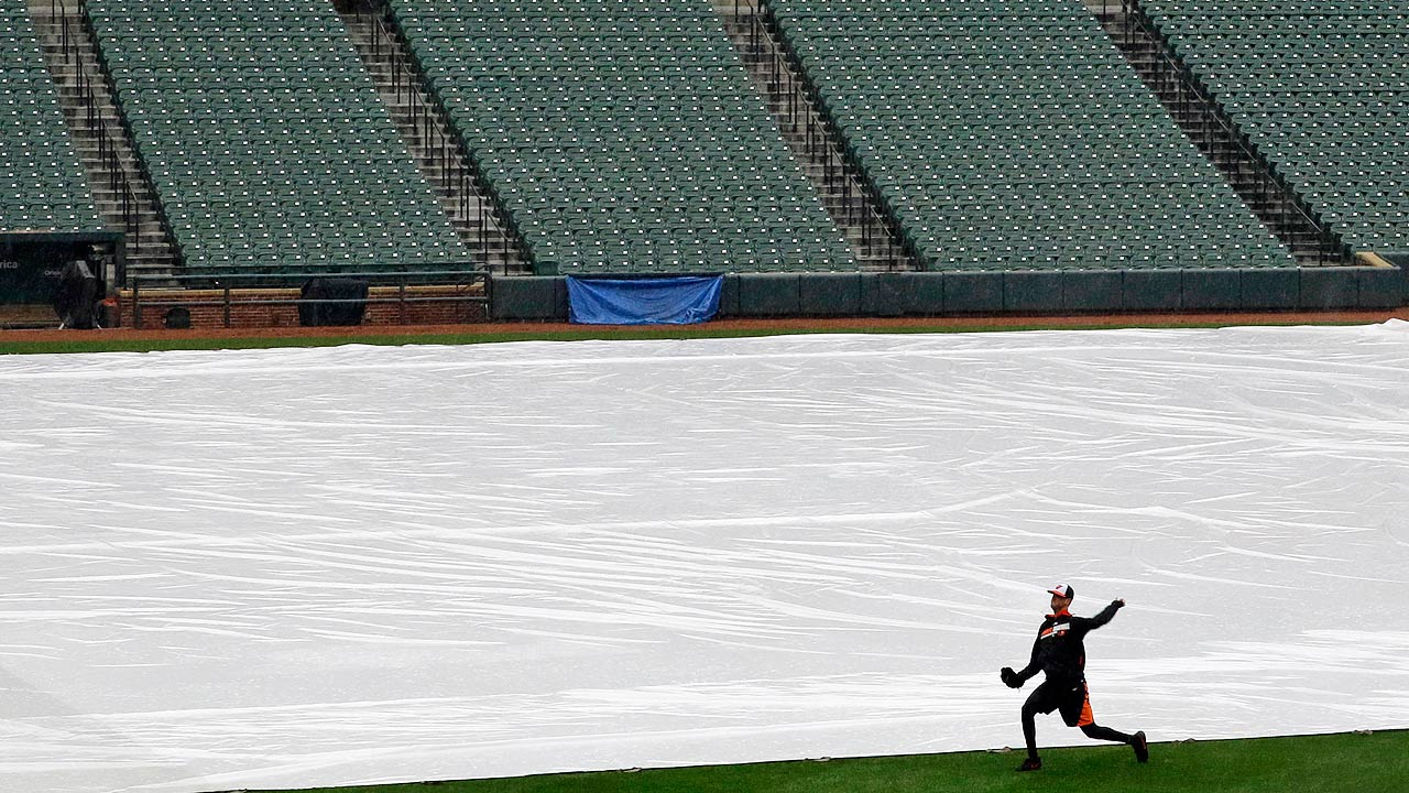 Pirates-O's rained out; makeup set for Thursday