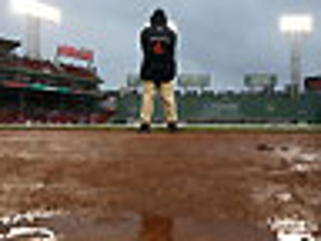 Red Sox-Rays a wash; rescheduled for Monday