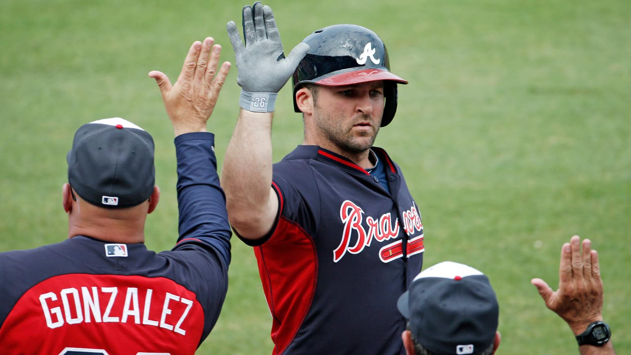 Uggla homers, drives in three runs vs. Astros