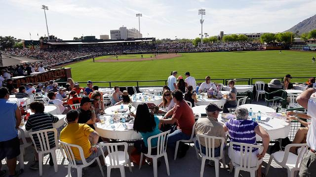 Giants unveil home Spring Training schedule