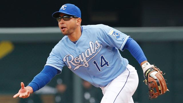 Infante hit in face with pitch, leaves game