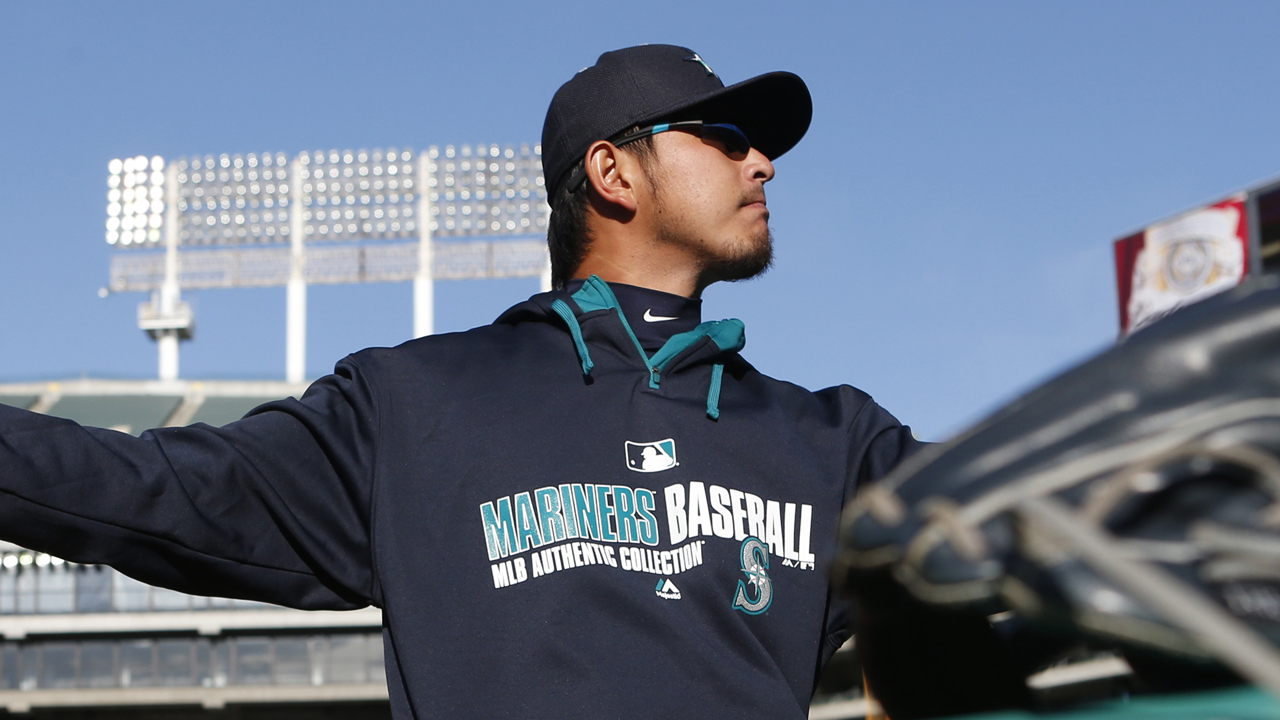 Iwakuma scheduled to make debut on Saturday