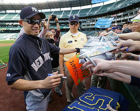 Ichiro regresó como todo un rey al Safeco Field
