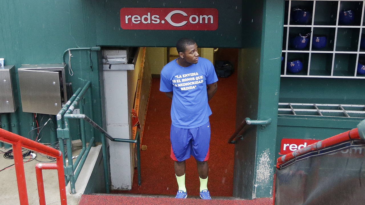 Cubs-Reds rained out; no makeup announced