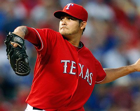 Martín Pérez firma extensión de cuatro años con Texas